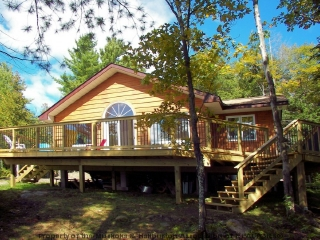 13219 red pine lake, Haliburton Ontario, Canada Located on Red Pine Lake